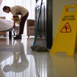 Hotel_worker_250x250